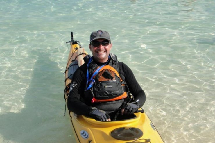 Image for Kayaker journeys 3,000km to promote rights of asylum seekers