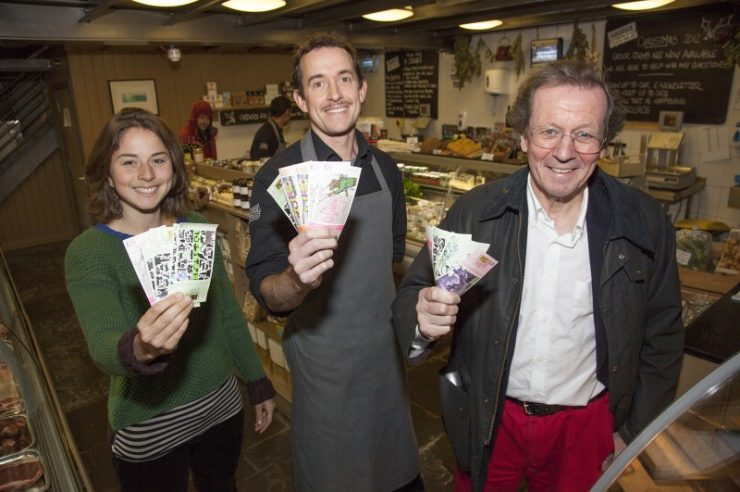 Image for Mayor of Bristol supports his city by taking salary in local currency