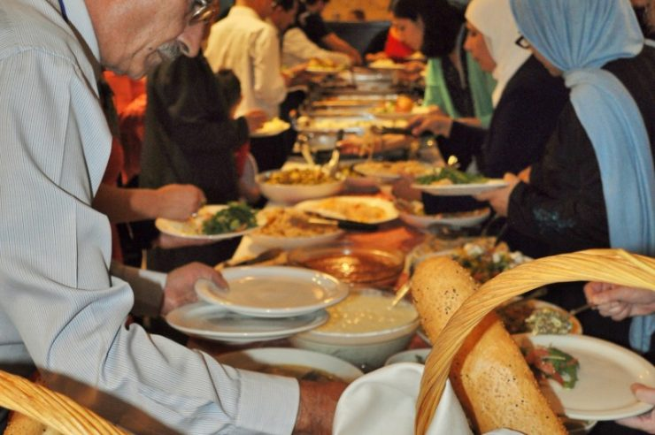 Image for Islamic and Jewish groups share Ramadan meal at Cairo synagogue