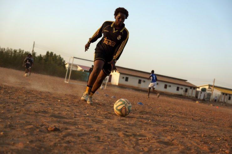 Image for Female footballers tackling taboos in Sudan