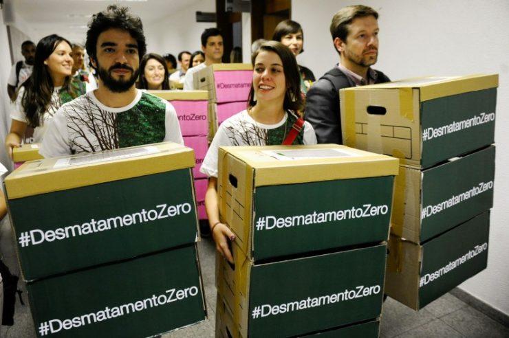 Image for 1.4 million Brazilians sign zero deforestation bill