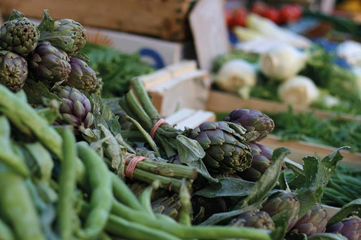 Image for Action to cut food waste gathers speed in Europe