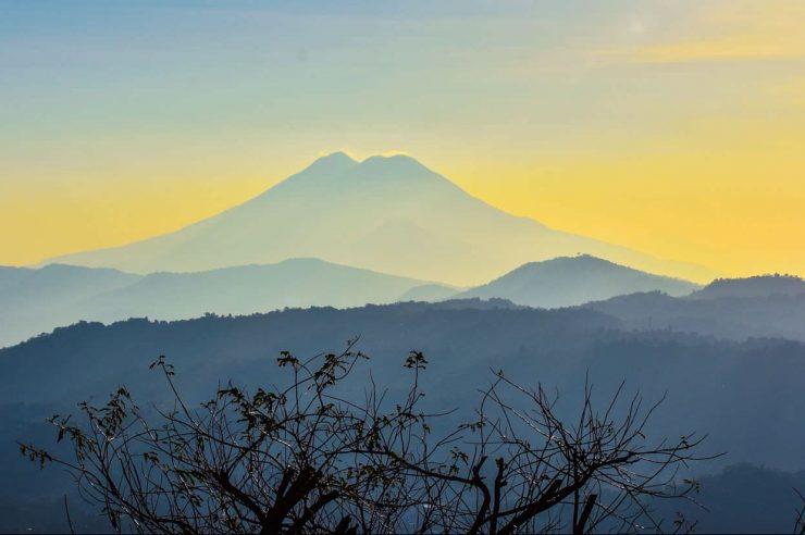 Image for El Salvador passes historic bill to ban metal mining