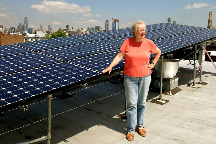 Image for NYC residents trade solar energy with their neighbours