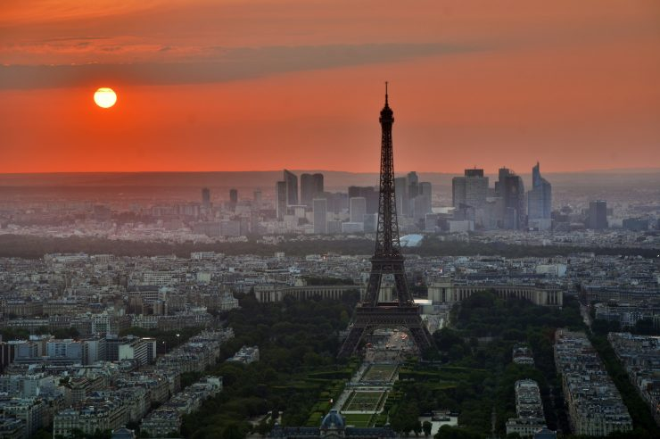 Image for France set to ban sale of all petrol and diesel vehicles by 2040
