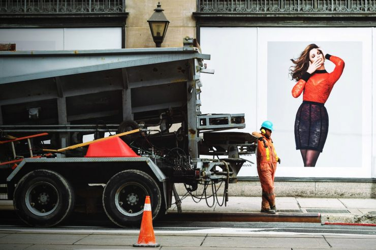 Image for UK watchdog proposes crackdown on sexist ads