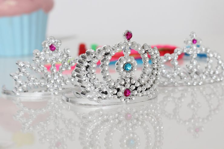 Image for 'Boys should be free to wear tutus and tiaras' – Church of England