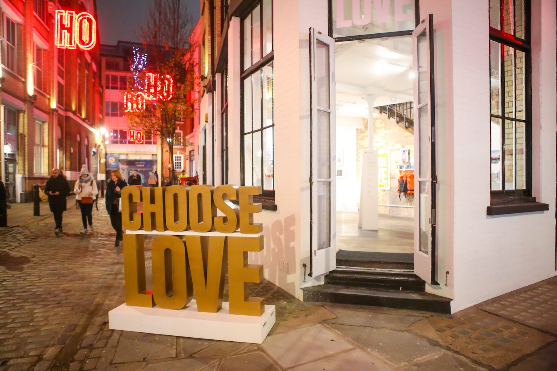 Image for The London shop that sells Christmas gifts for refugees