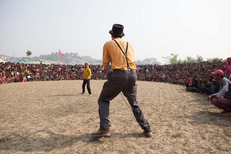Image for Clowns bring laughter to the refugee Rohingya community in Bangladesh
