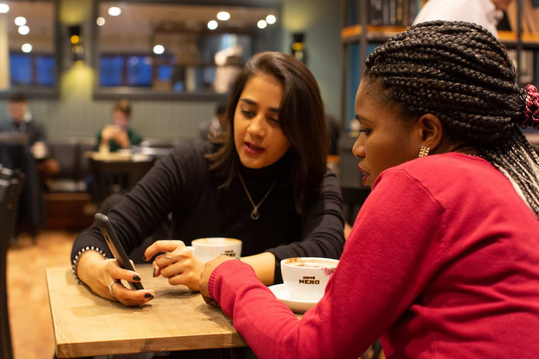 Image for Social enterprise connects business women and refugee women in London