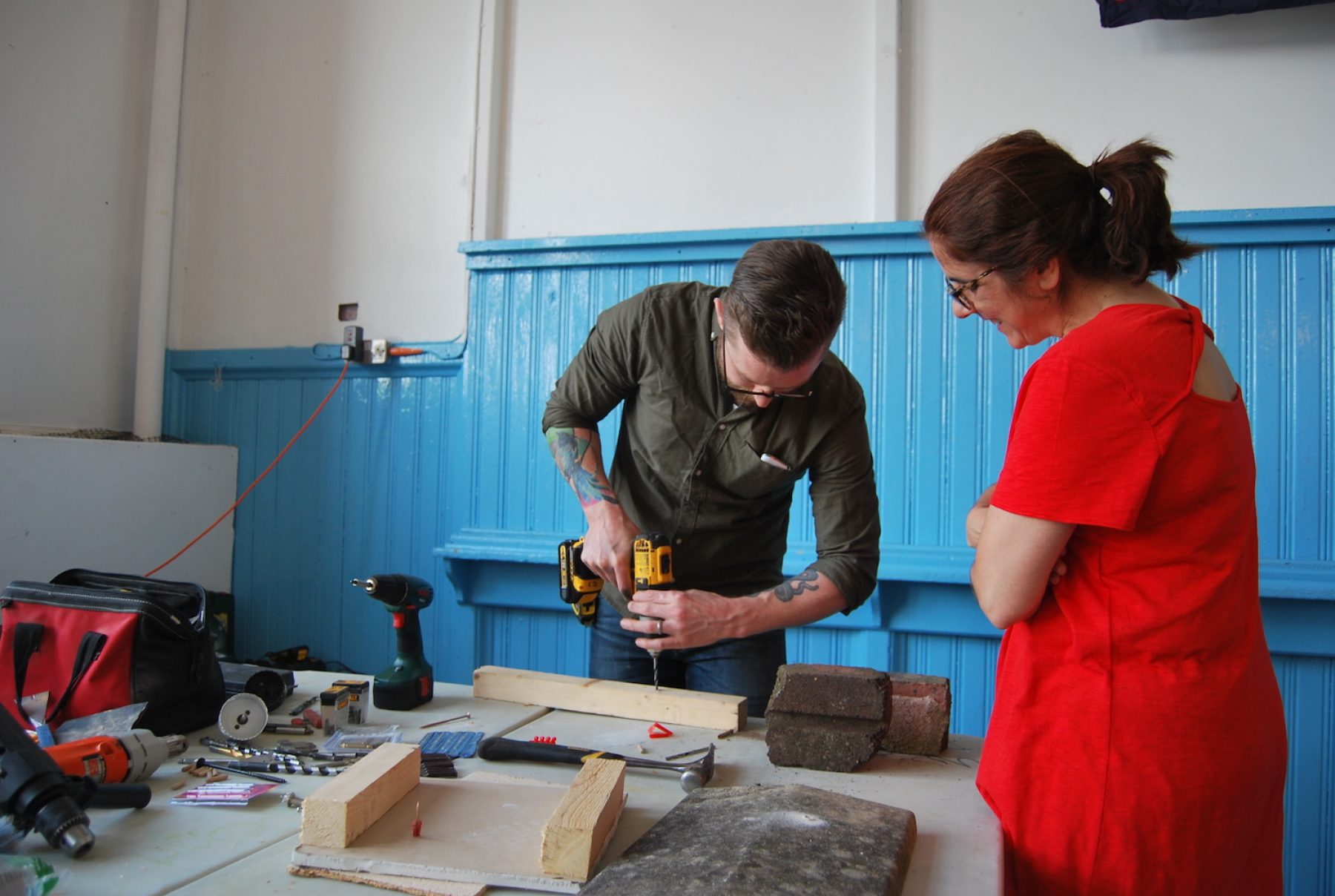 Image for Repair and share: the global grassroots repair cafe network