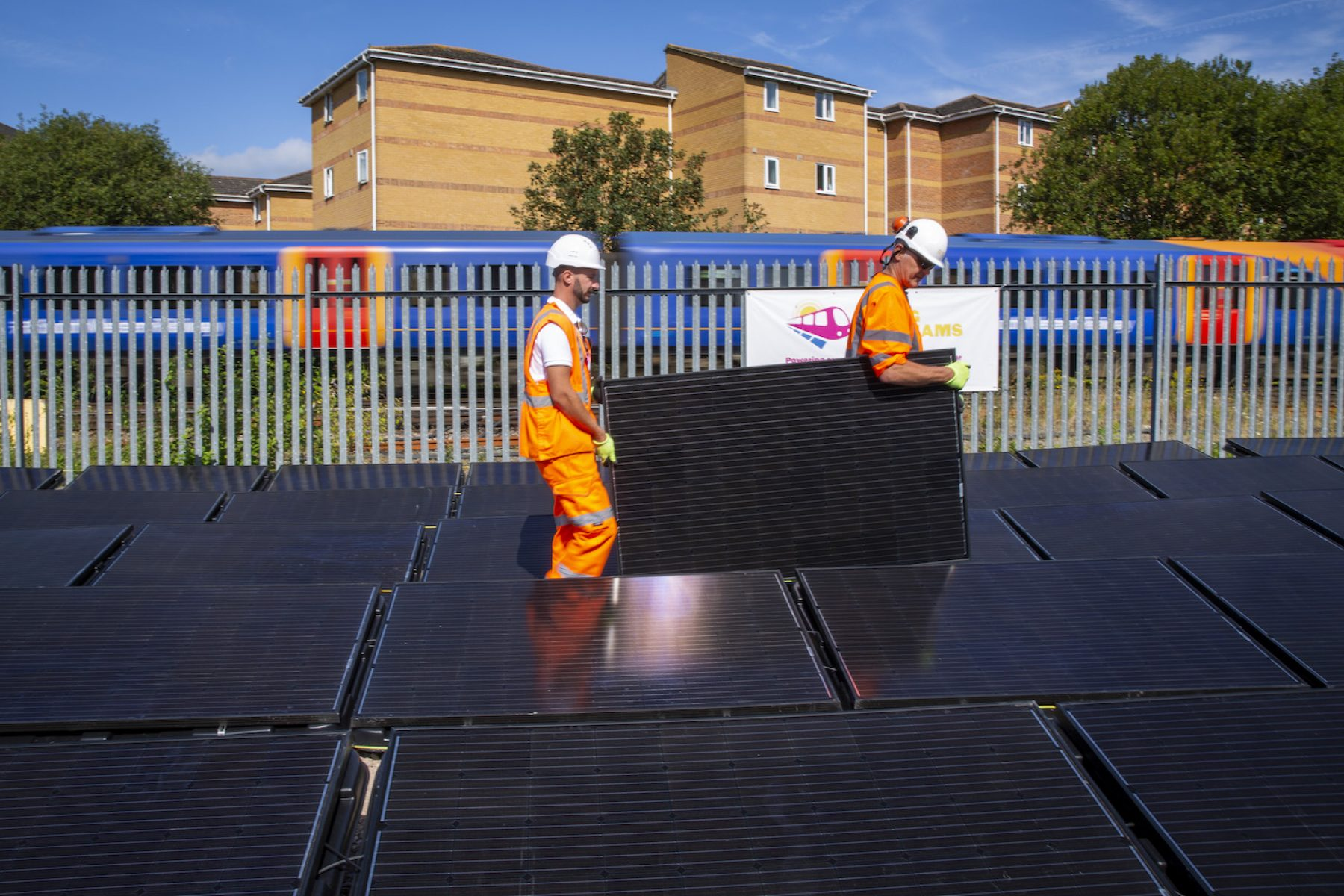 Image for New solar rig to drive rail line directly with renewable power