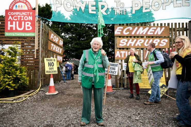 Image for Fracking suspended across England in major government U-turn