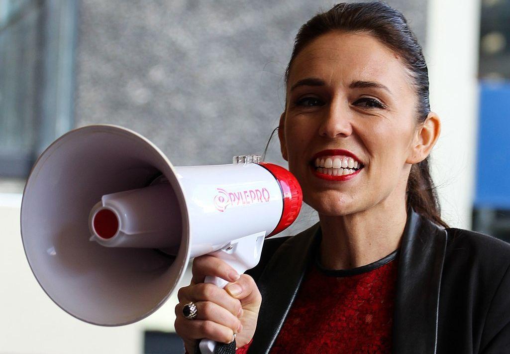 Nova Zelândia se declara 'livre de vírus' à medida que as restrições do Covid-19 são levantadas 6