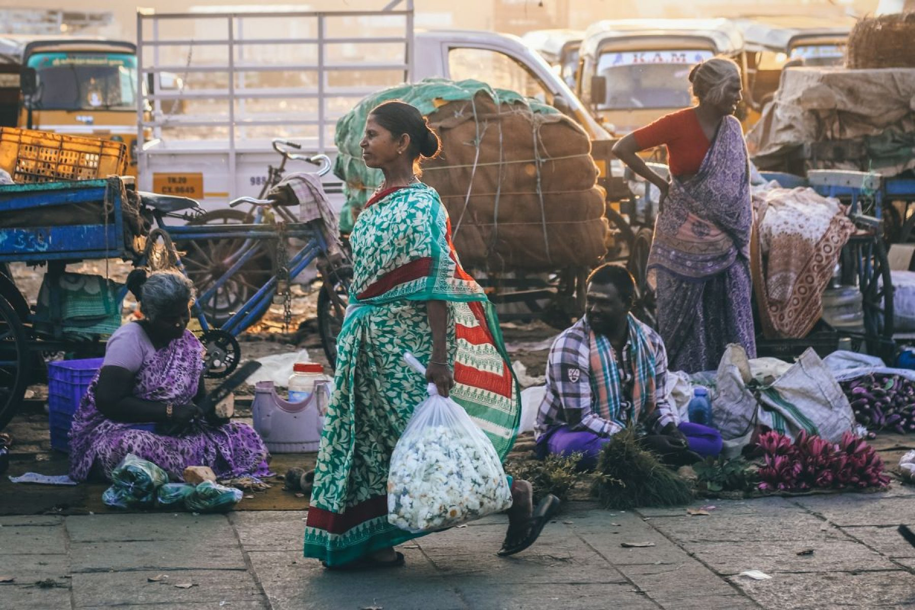 Image for 'People are doing so much': the Facebook group helping vulnerable people in India