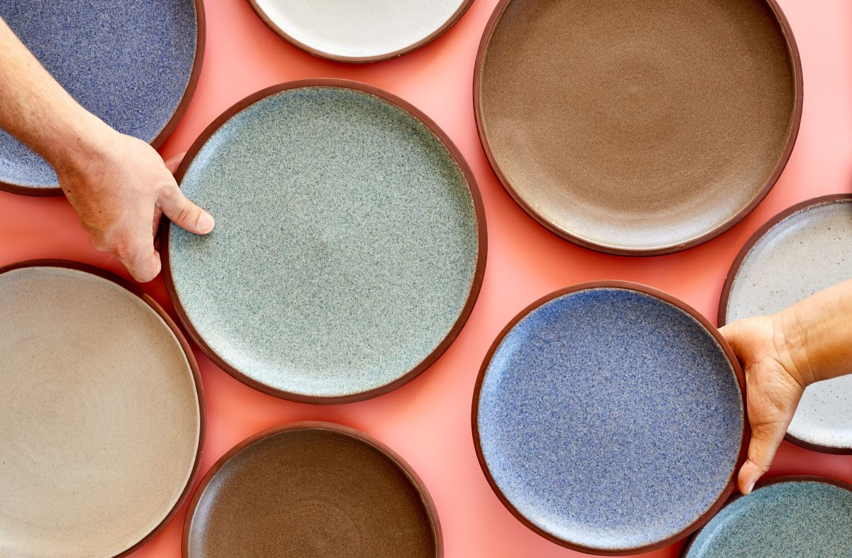 Smashing! The dinnerware made from recycled waste - positive