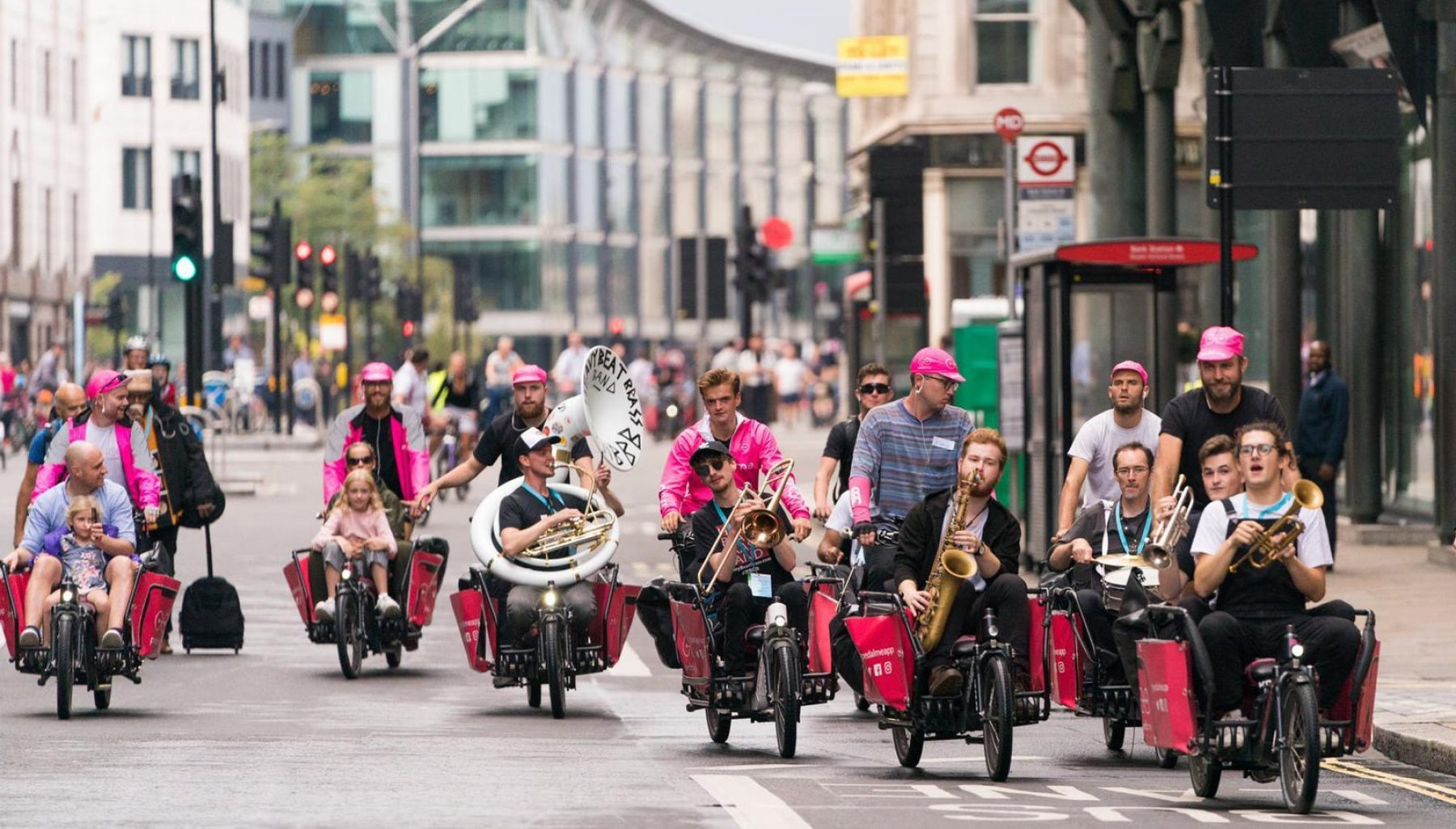 Image for What went right this week: a win for cargo bikes, plus more positive news