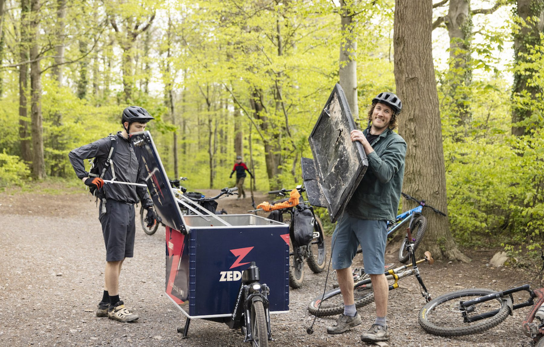 Image for Meet the hikers and bikers who are keeping the UK countryside clean