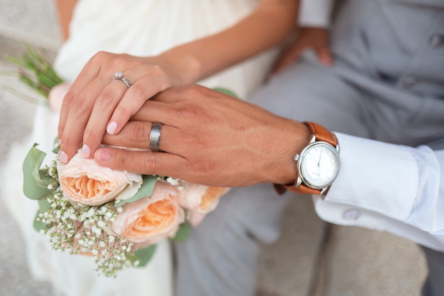 Couples are saying 'I do' to a small wedding
