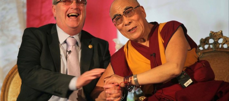 Dalai Lama praises founder of peace charity at Power of Forgiveness event in Ireland